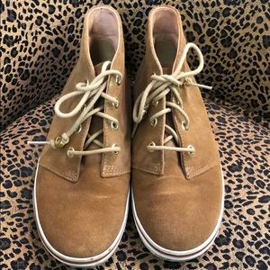 Caramel coach tie up shoes